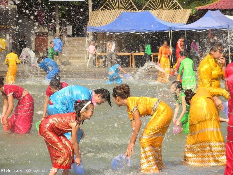 Дайский Новый Год — весёлый праздник! Е. Касимова
